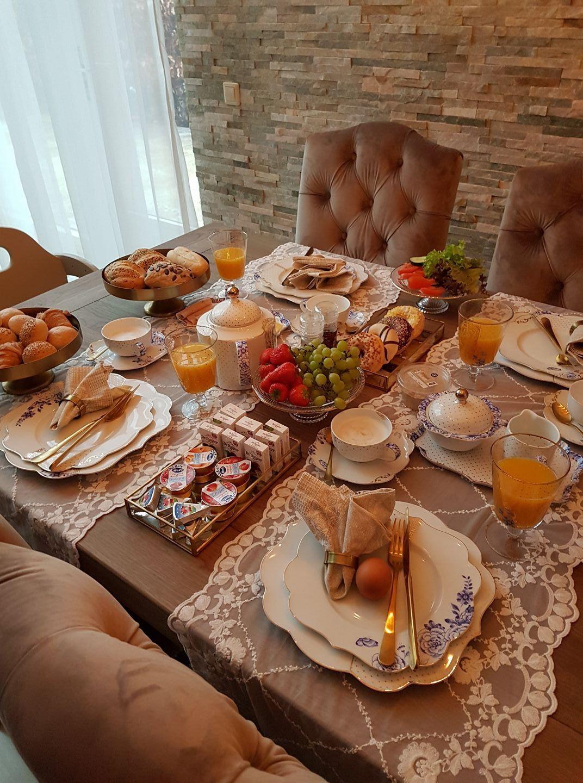 Buffet Style Breakfast Placement Settings