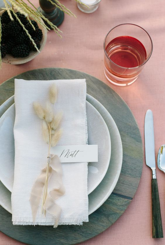 Place Cards Dining Table Setup